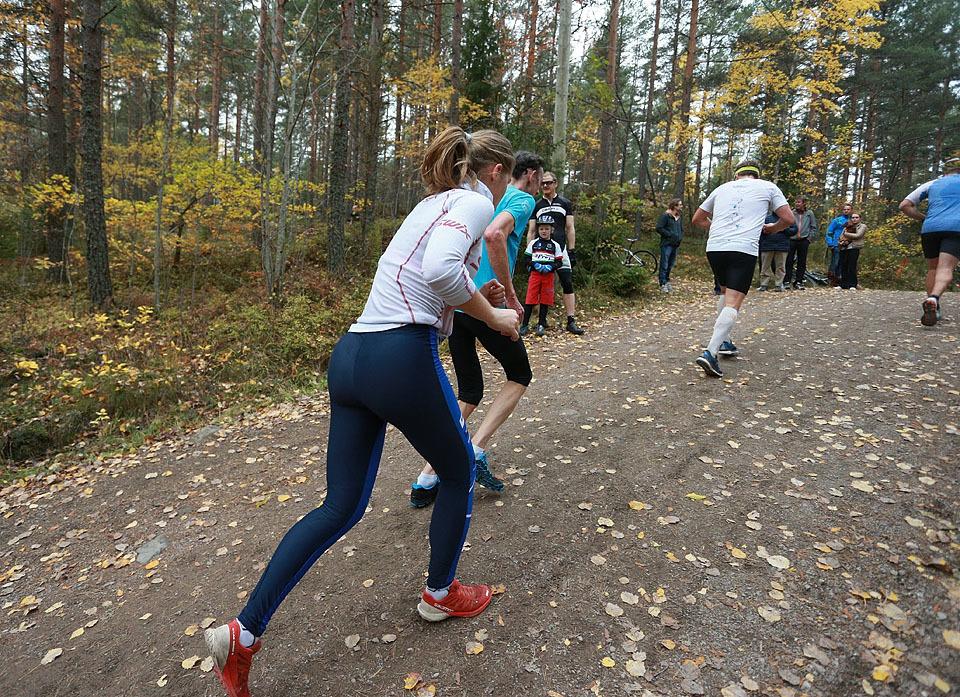 10km_Eline_Storvik_Groenvold_nr5_mot-toppen_9km_AZ3T3228.jpg