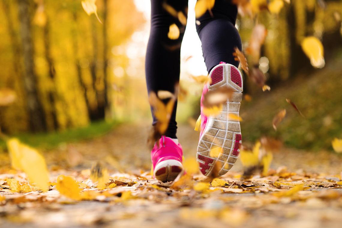 Lite er så kjedelig som skader når naturen innbyr til leken løping. (Foto: iStockphoto)