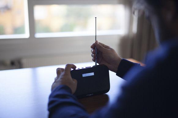 DAB-radio med batteri er noko av det du bør ha i hus i tilfelle straumen blir borte ein lengre periode.