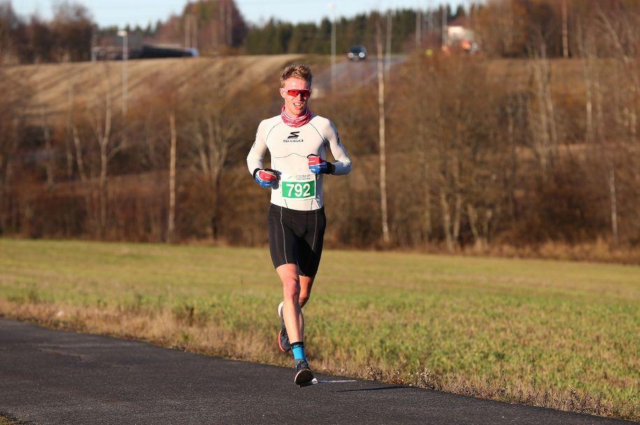 Vintermaraton2018 - Øivind Bjerkseth nummer to på halvmaraton (1280x850)