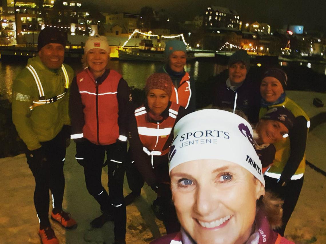 De hadde forventet fem løpere på første trening. Det kom åtte! God start for Kondistreninga i Skien. Foto: Privat