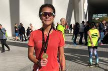 Imponerende debut: Elvira Vegas Spets imponerte både seg selv og vennene da hun løp i mål i Valencia Marathon på 3.08. Foto: privat
