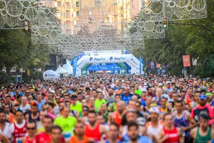 Fra starten av årets Malaga Maraton (Arrangørfoto).