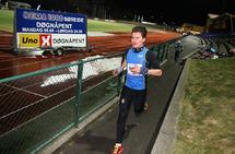 Simon Morales fra Varegg Fleridrett løper seg inn til en tredjeplass på 5 km.