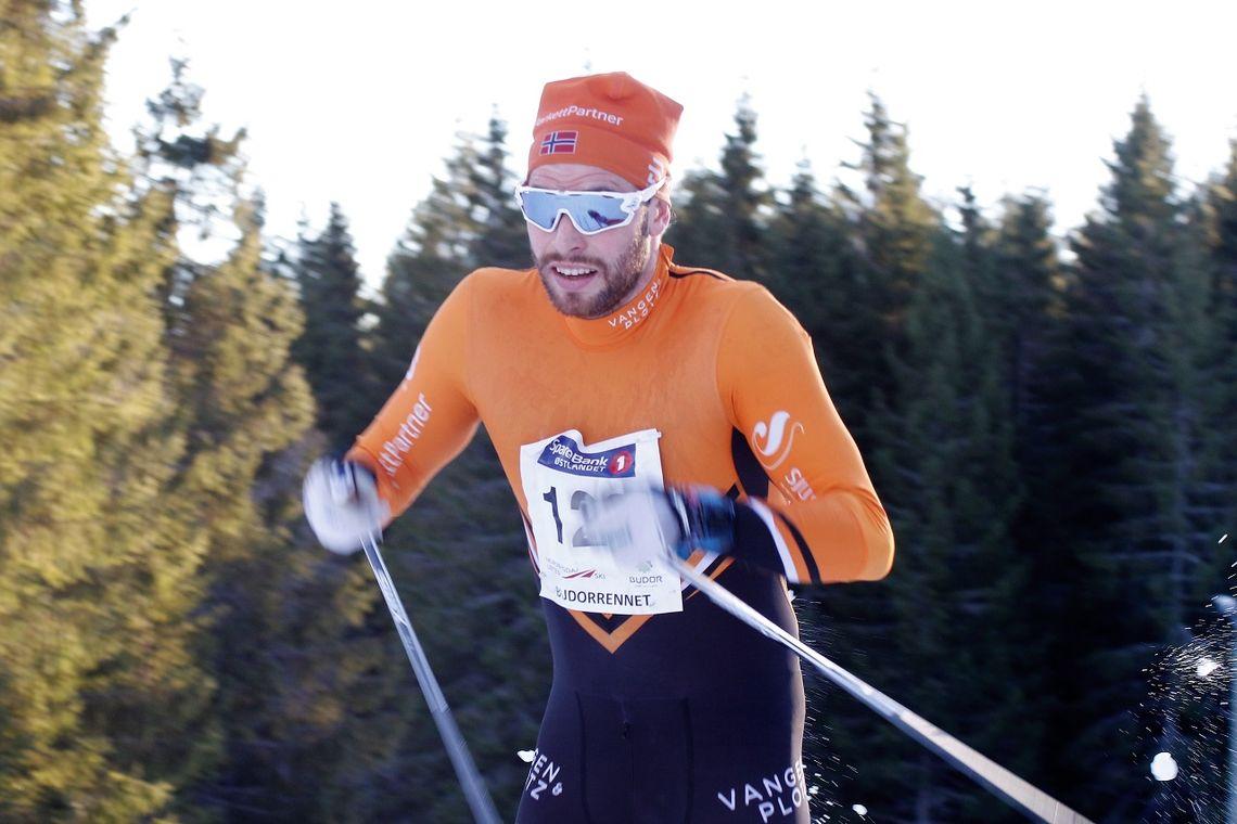 Simen Engebretsen Nordli på veg mot seier i Budorrennet tidligere i vinter.