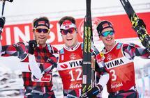 Tre glade BN Bank-løpere rett etter målgang (fra v.) Simen Østensen, Petter Eliassen og Morten Eide Pedersen (Foto: Visma Ski Classics facebookside)