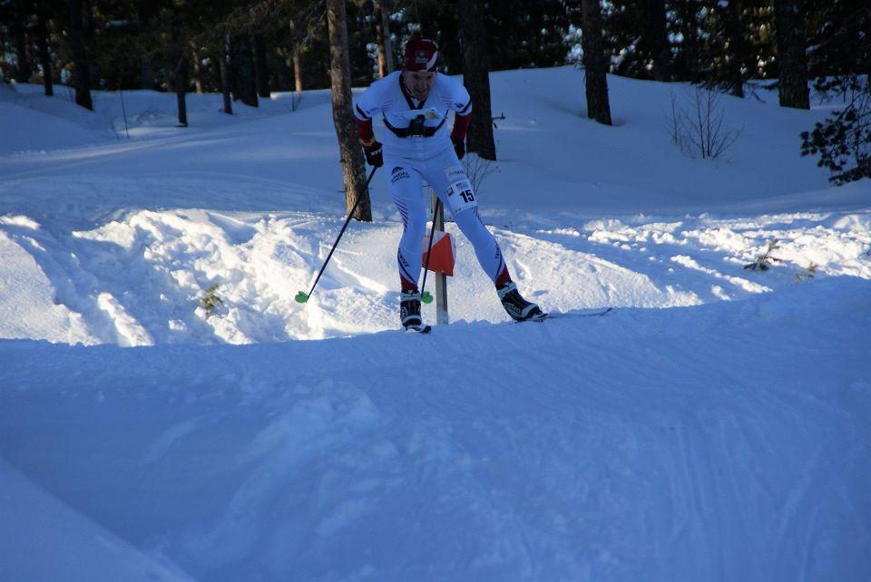 Lars Hol Moholdt på siste post under søndagens Norgescup. (Foto: Stein Arne Negård)