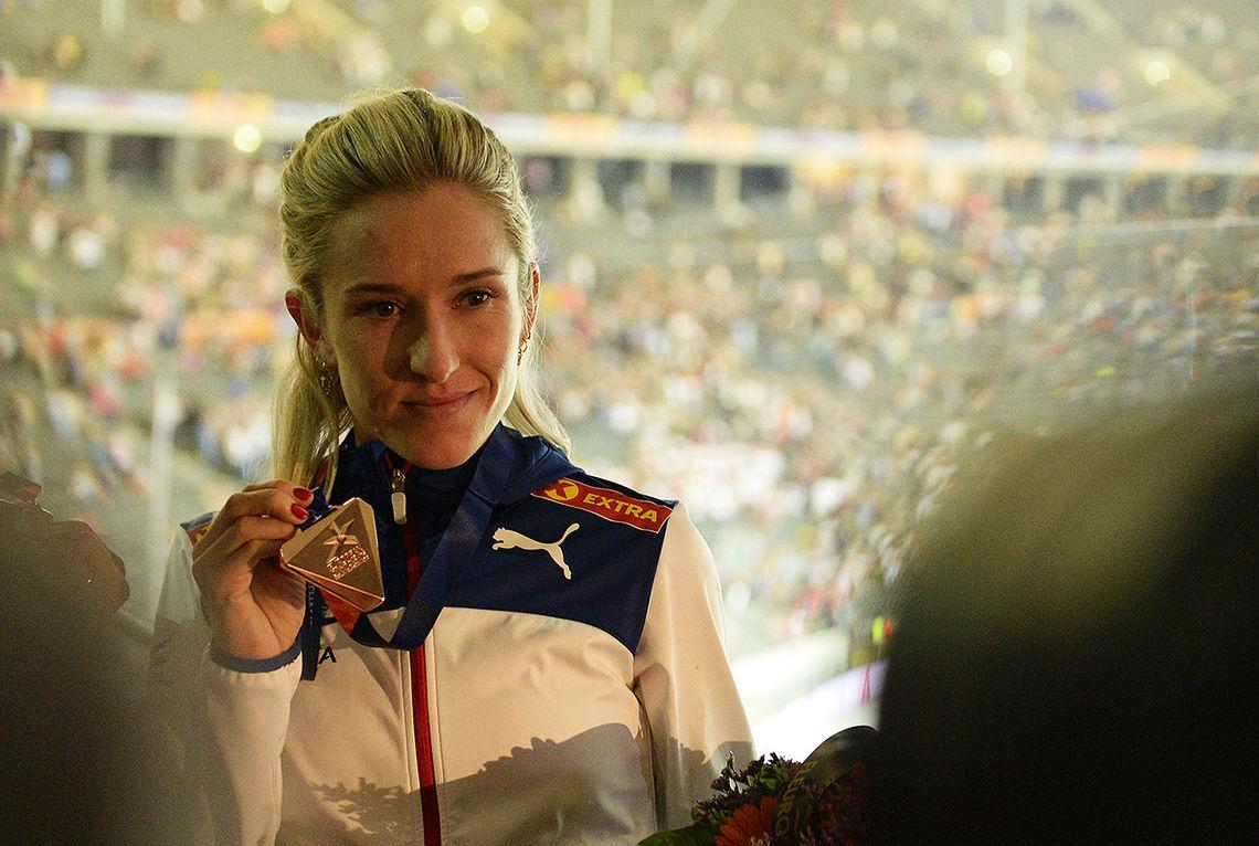 Karoline Bjerkeli Grøvdal som tok bronse på 3000 m hinder i EM i Berlin sist sommar, skal no springe 3000 m flatt i Ulsteinvikhallen. (Foto: Bjørn Johannessen)