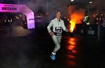 Violet Johansen passerer halvveis i sitt 10 km-løp.