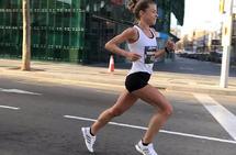 Ida Bergsløkken fløy lett av sted da hun satte halvmaratonpersen sin på 1.14.44 i Barcelona i fjor. (Foto: Arne Post)