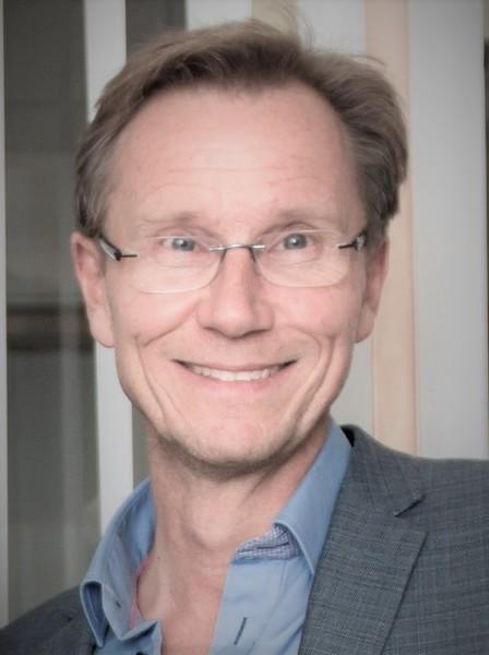 Henning Olsen.jpg