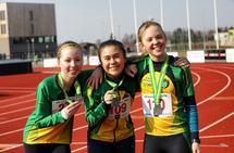 Madeleine Kristiansen, Elena Teresa Haugen-Teixer og Amanda Ekrem var tre av deltagerne på UNG-karusellen. (Foto: Bjørn Hytjanstorp)