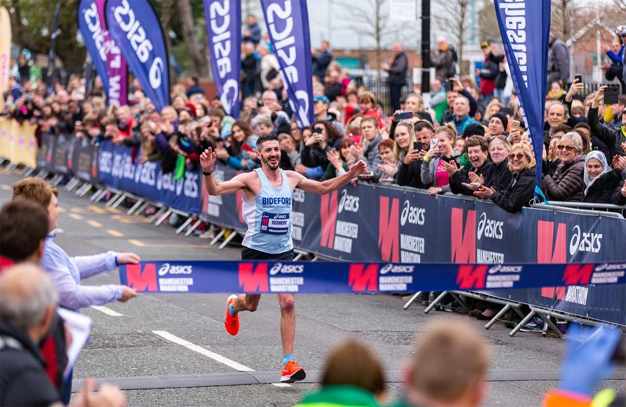 Manchester_Marathon_Aaron_Richmond.jpg
