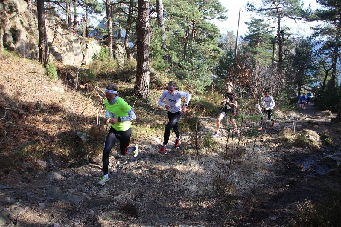 Terrengkarusellen i Kristiansand starter opp etter påske. Før det arrangeres tre aktivitetsturer. Bilder er fra et løp på Odderøya. (Arrangørfoto)