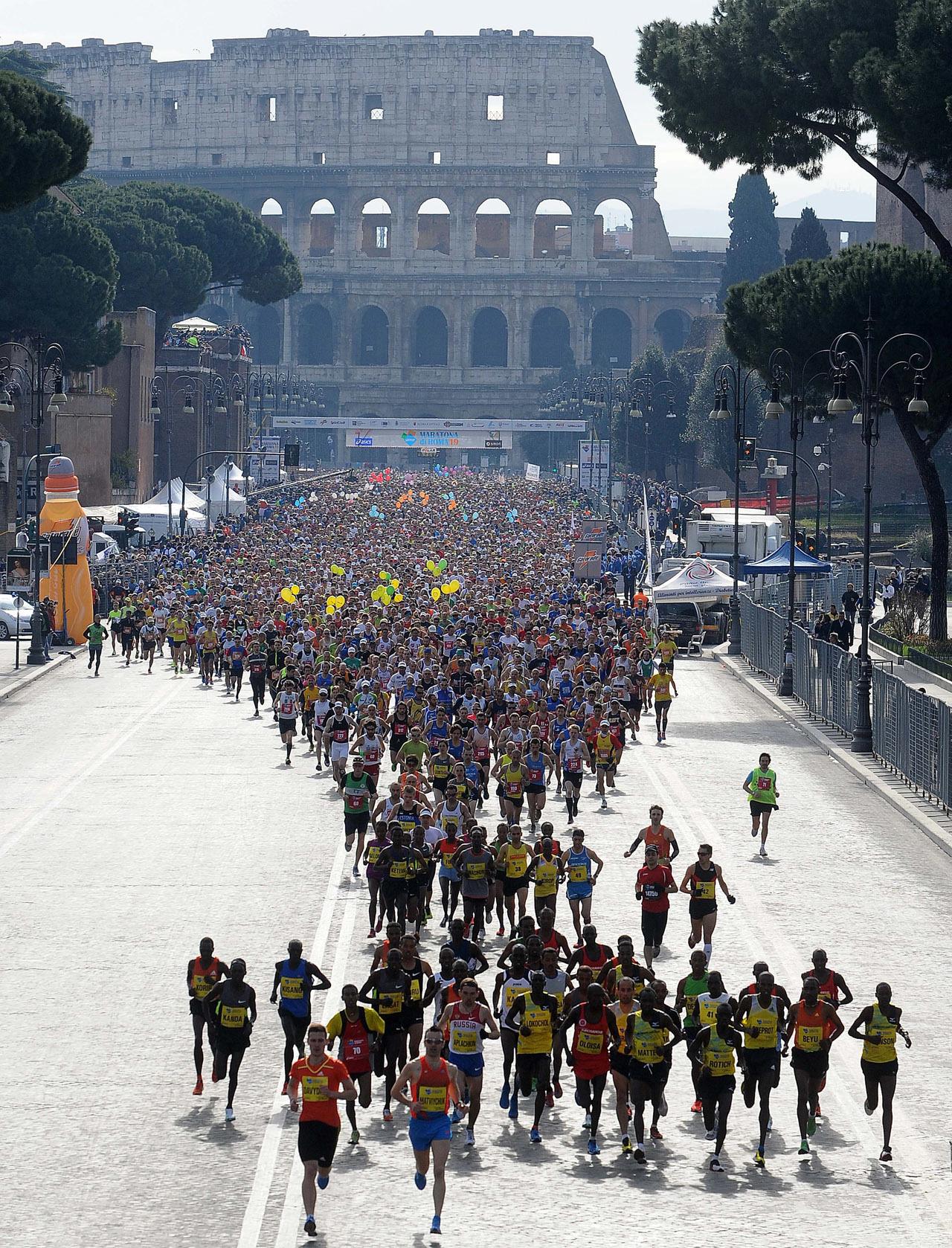 Roma_Marathon_start_Colleseum_1280.jpg