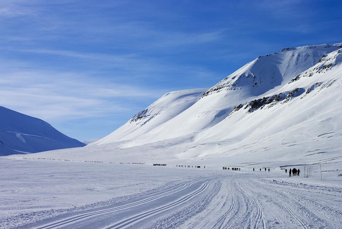 Storslagen natur venter deltakerne i Svalbard Skimaraton. (Foto: David Wrangborg)