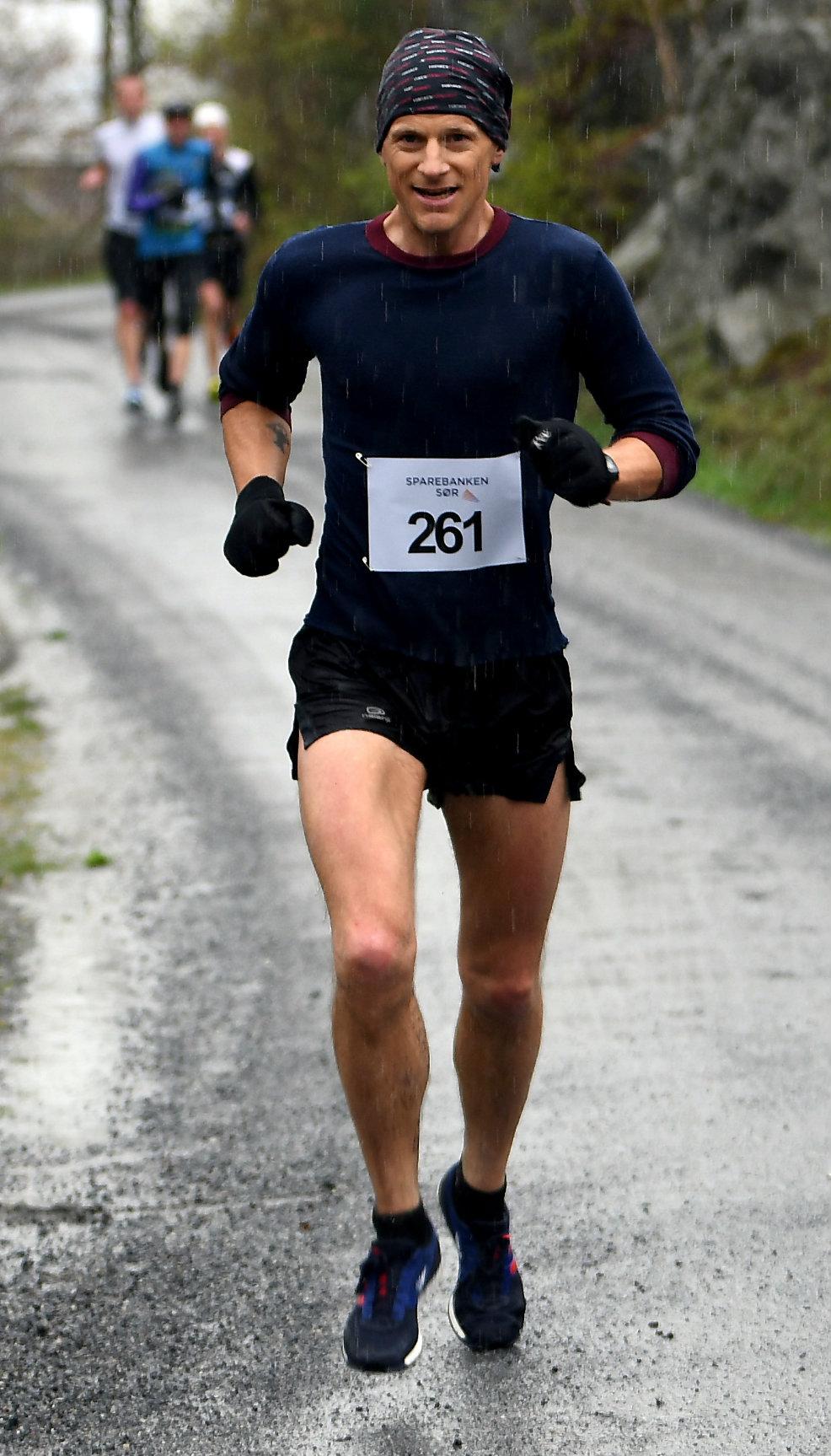 Fevik halvmaraton 6GeorgSmedsaas.jpg