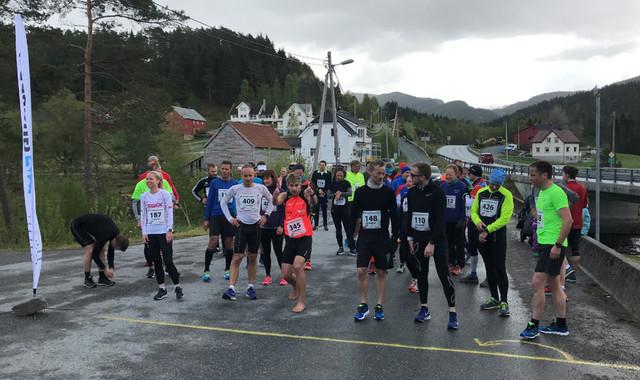 Start_Halvm., 10 km og 5 km.jpg