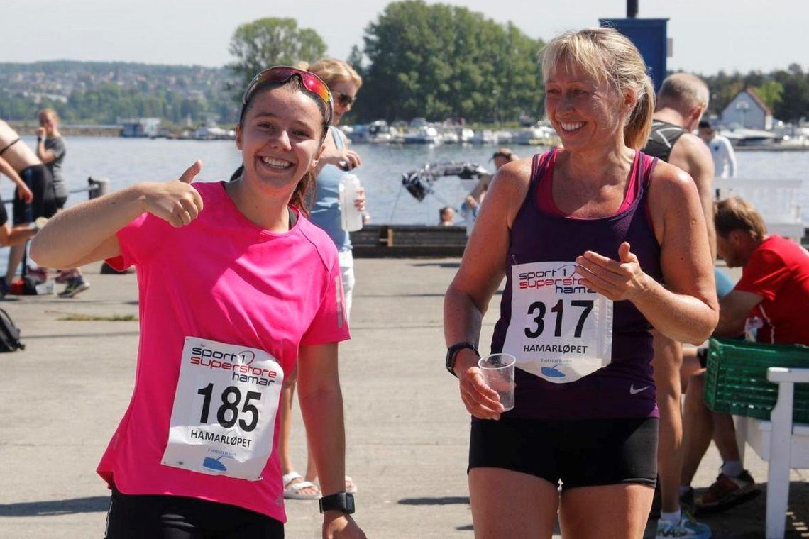 Det er ingen tvil om hva Heidi Syversen (til venstre) og Ingrid Robøle mente om Hamarløpet anno 2018 - og begge stiller selvsagt opp igjen i år!
