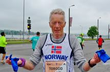 Torodd Lybeck etter Riga maraton i 2016. Bildet er teke av kona, Anne Marit Eide.