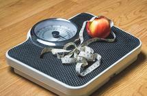 De lærde strides om det bør fokuseres på trening, kosthold eller begge deler for å få overvektige ned i vekt. (Foto: Tero Vesalainen, Pixabay)