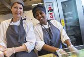 Restaurant Utsikten har et erfarent kokketeam som lager fersk sunn mat på stedet.