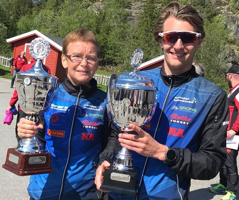 Heidi Hestmark Smalås og Aleksander Kirkeberg vant kortløypa 6,63 km på sterke tider. (Arrangørfoto)