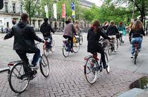 58 prosent av befolkningen i Amsterdam sykler daglig. Her fra morgenrushet. (Alle foto: Bjørn Johannessen)