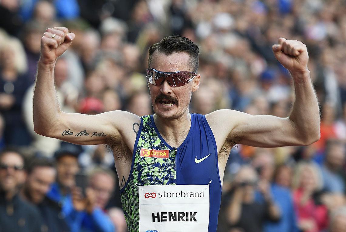 Henrik Ingebrigtsen i sitt forrige løp da han satte norsk rekord på 3000 meter med 7.36.85 på Bislett 13. juni. (Foto: Bjørn Johannessen)
