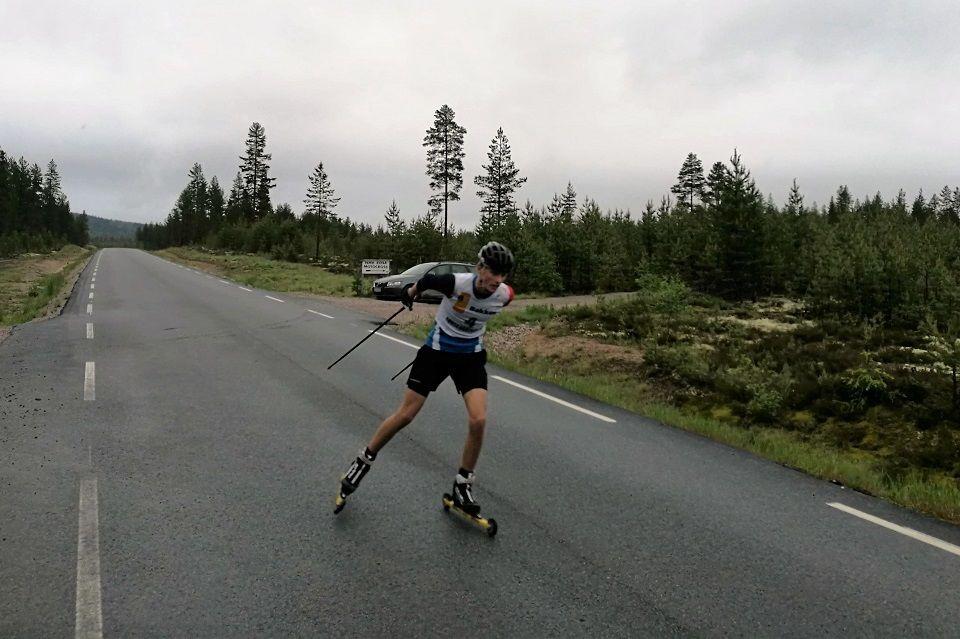 Stian Fedreheim over mål i Julusdalen. (Foto: Trond Ole Myrvold)