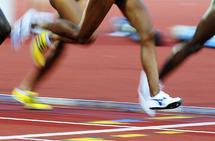 Sterke legger er en av de viktigste egenskapene innen løping, og sterke legger oppnår man blant annet ved å løpe med piggsko. (Foto: Bjørn Johannessen)