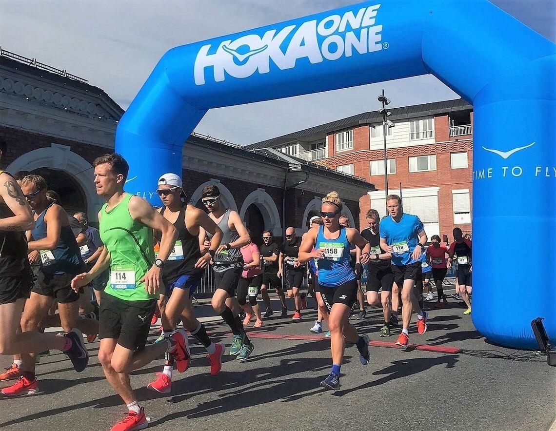 Fra starten på den første og hittil neste eneste maratondistansen i H3-regi i 2019. (Arrangørfoto)