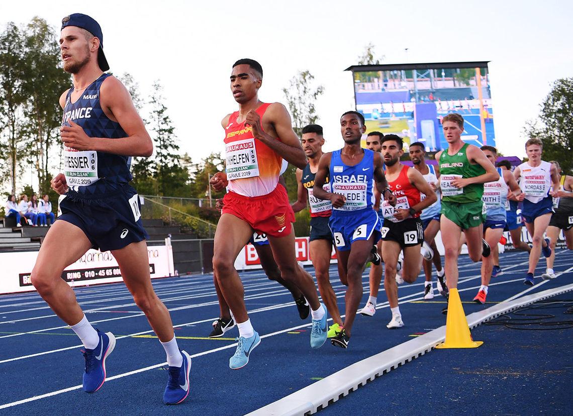 Mannen til venstre, franske Jimmy Gressier, vant, mens mannen til høyre, norske Narve Gilje Nordås, kom på en overbevisende sjetteplass. (Foto: European Athletics via Getty Images)