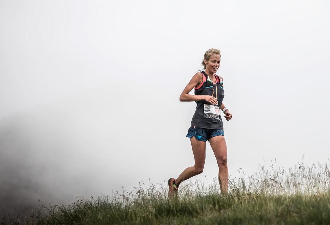 Svenske Johanna Åström, som bor i Åndalsnes, løp inn til andreplass på 42 kilometeren som inngikk i Skyrunning World Series. (Foto: Alexis_Berg / MRSWS)