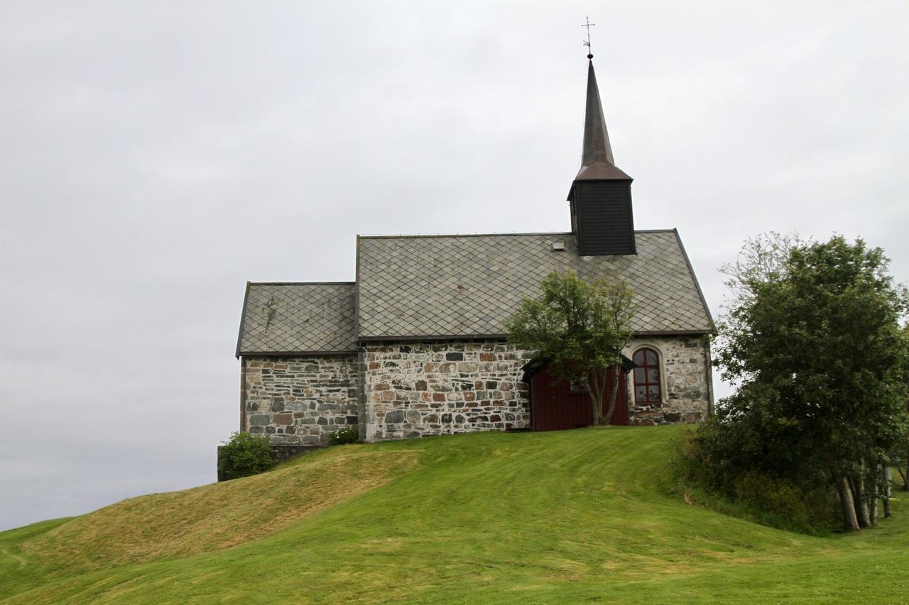 Edoey_kirke