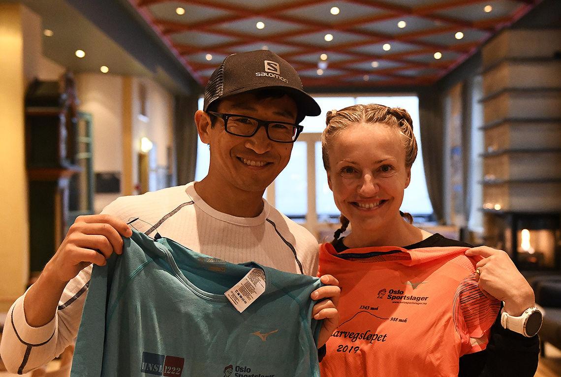 Håkon Urdal og Therese Falk kunne ta på seg ledertrøya etter første dag av Rallarvegsløpet. (Foto: Bjørn Johannessen)