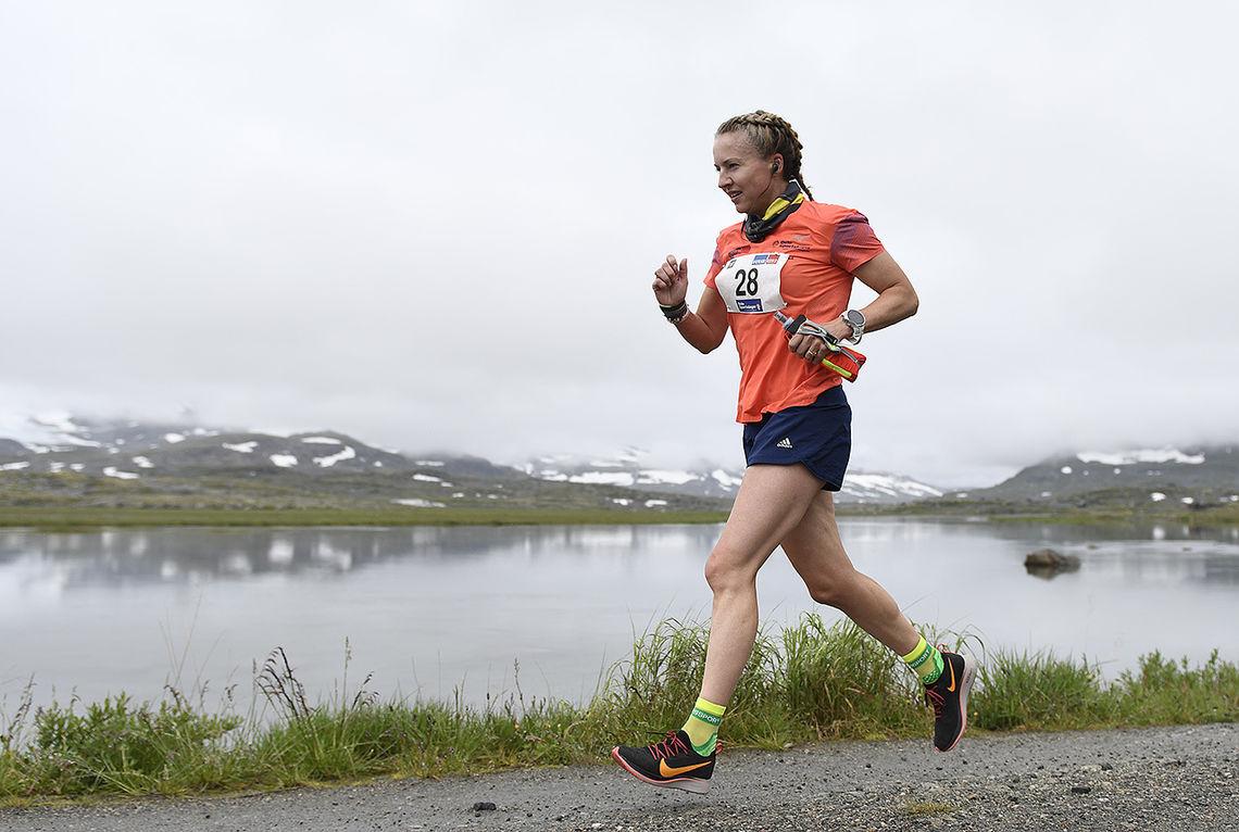 Therese Falk tok sin andre sammenlagtseier i Rallarvegsløpet. (Foto: Bjørn Johannessen)