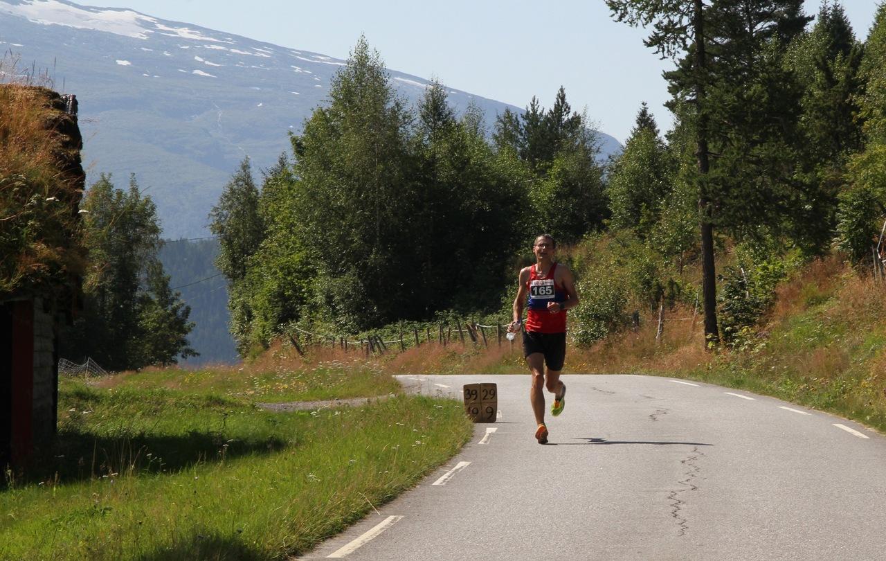 Halvmaraton_Vinner_menn_Hugo_Olsen