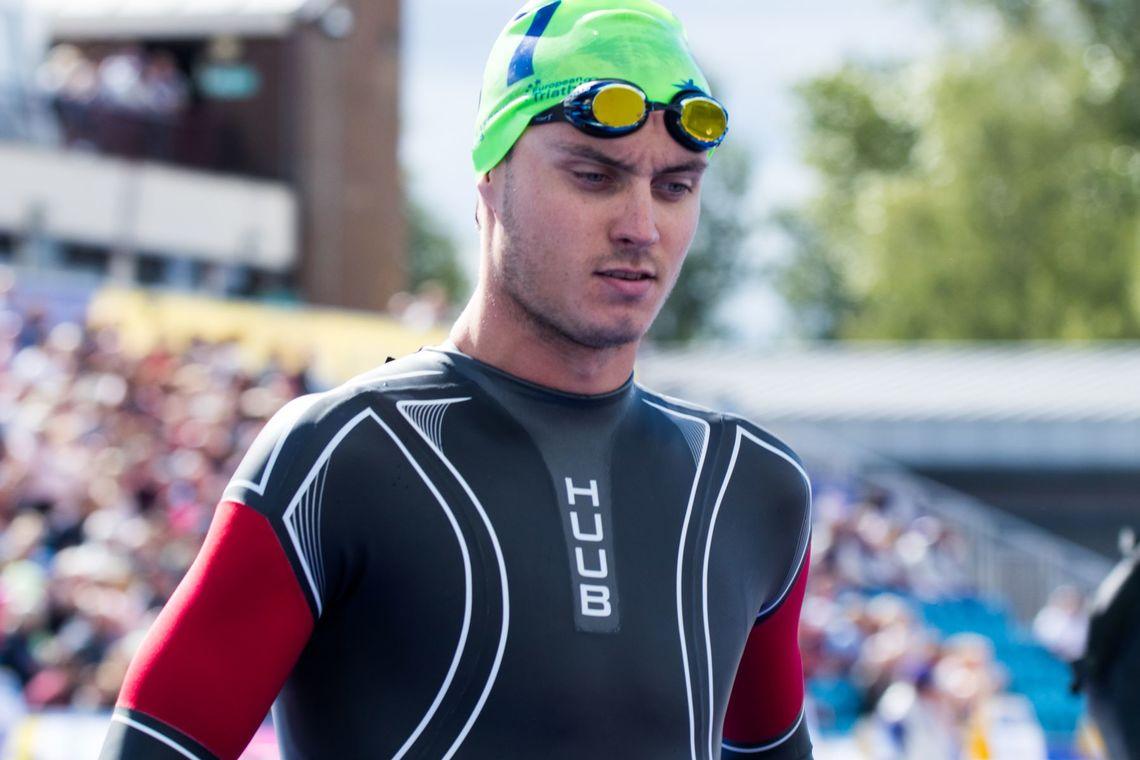 Triatlet Jørgen Gundersen gir råd om svømmeteknikk