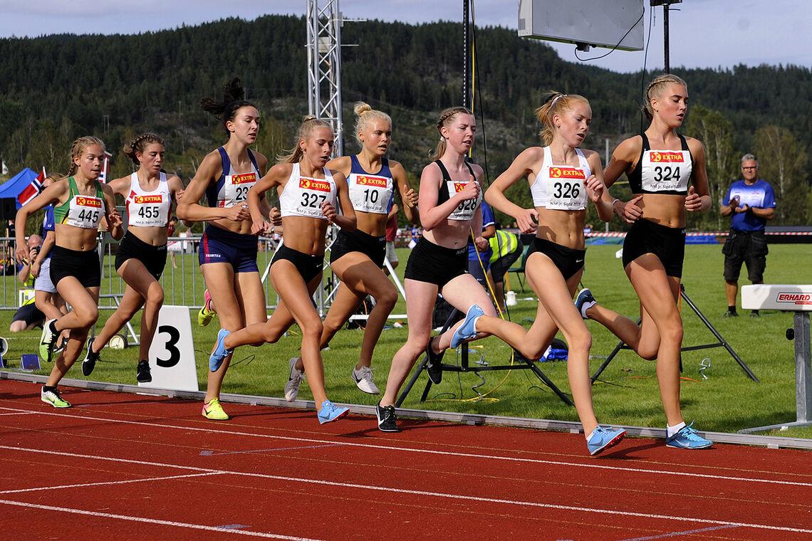 Alle de fem første her - Andrea Modin Engesæth, Ina Halle Haugen, Mari Roligheten Ruud, Christine Næss og Maren Halle Haugen - er tatt ut på enten U20- eller U23-landslaget. (Foto: Arne Dag Myking)