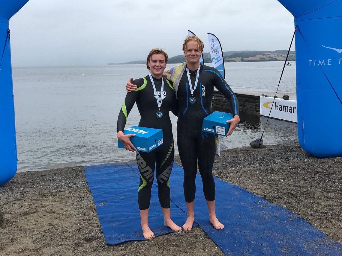 Fire sekunder skilte de to vinnere i eliteklassene på 3000 m, Astrid Julie Halvorsen og Mattis Grindalen. (Foto fra H3 sine facebooksider)