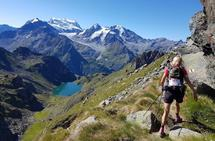 Mona Kjeldsberg på ekstrem langtur i sveits. (Foto: Arno Lux)
