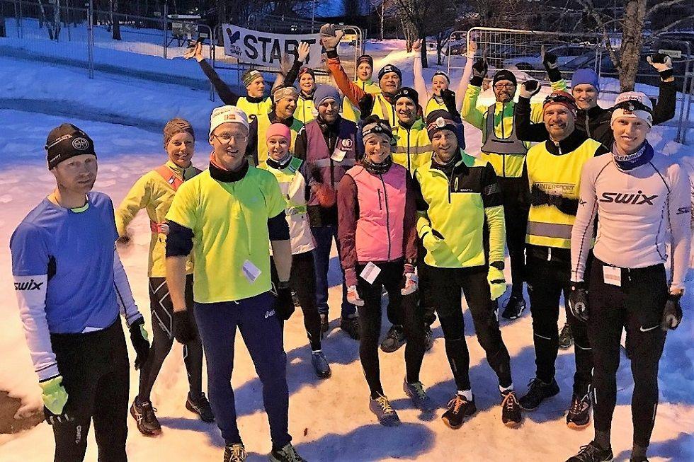 Alle deltakere samlet før forrige sesongs nest siste løp i februar. (Foto fra Gå-joggens facebookside)