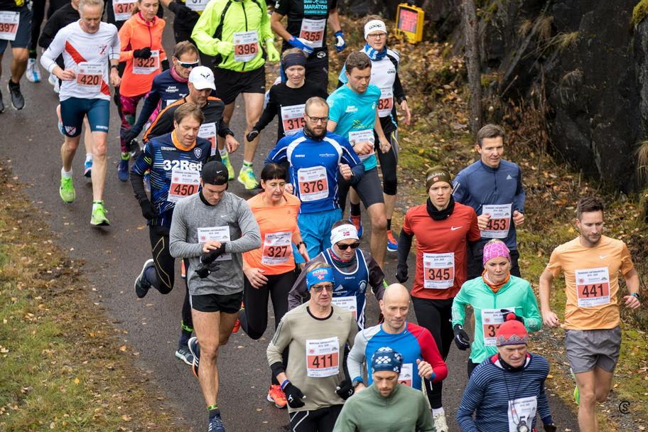 4340-Løperne_strømmer_på (1280x853)