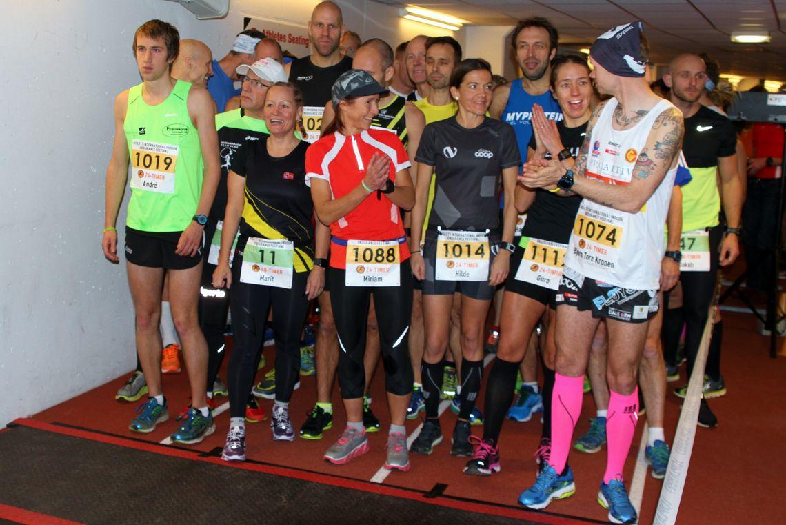 Fra starten i 2015 da et antall kvinnelige løpere ertet gutta med å plassere seg fremst i startfeltet, men Taranger klarte de ikke å presse bakover. (Foto: Olav Engen)