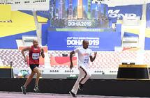Kanskje var det siste gongen artikkelforfattaren klarte ein 800 m på 2-talet da han sprang presseløpet i VM i Doha på 2.52,95. Langt vanskelegare blir det å komma under 3 på maraton. (Foto: arrangøren)