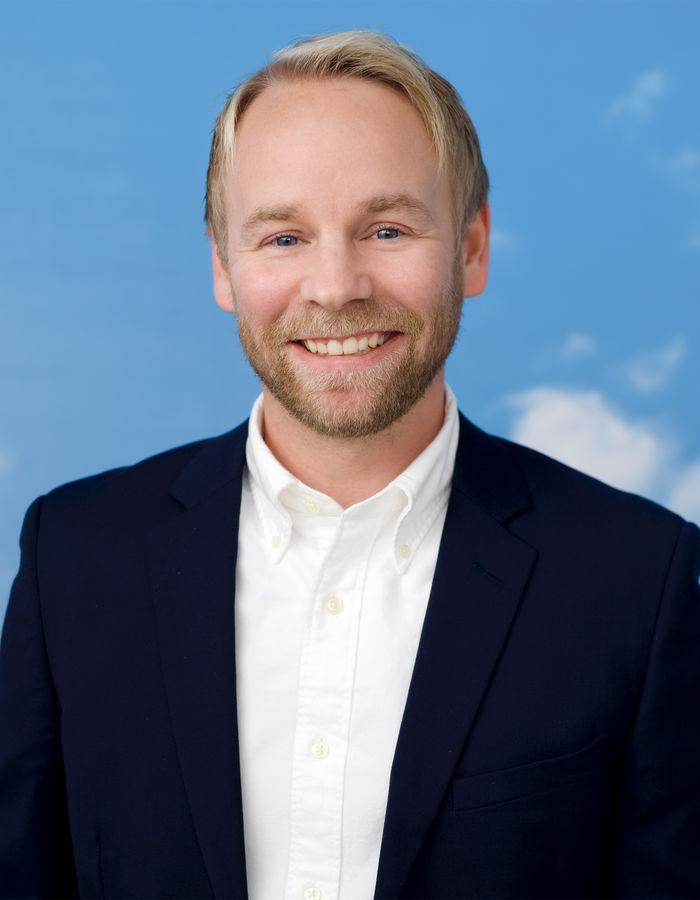 Andreas Holm  140398 WEB