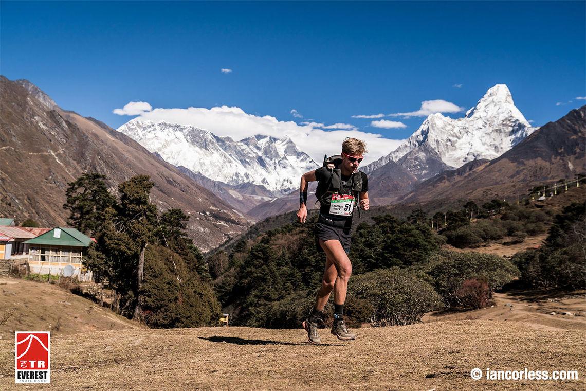 Hans Kristian Smedsrød lot seg inspirere av de storslagne omgivelsene og løp jevnt godt på alle de seks etappene. (Foto: arrangøren / iancorless.com)