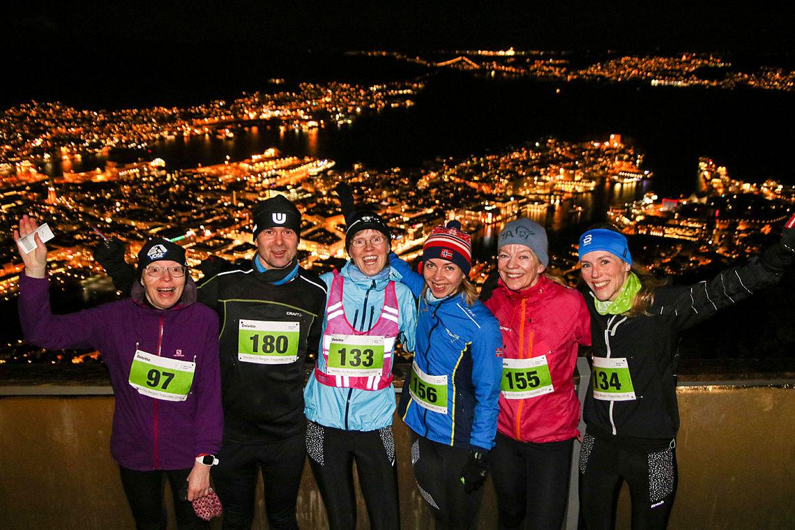 I fjorårets Fløyenkarusell var der en engasjert gjeng med løpere fra Haukeland Sykehus