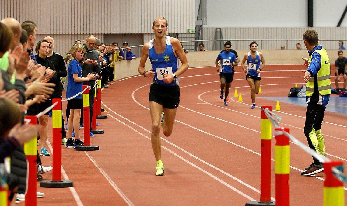 Trond Einar Moen Pedersli vant nok en gang 3000 meteren i Ranheimshallen. Bildet er fra 2018 da han vant på 8:12,2 - 4 sekunder raskere enn i år. (Foto: Trond Einar Brobakk)